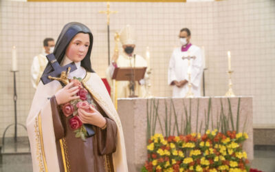 FOTOS – Missa em Ação de Graças pelos 60 anos de criação da Diocese de Uberlândia